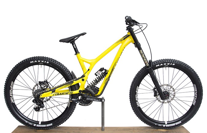 SUPREME DH V4 RACE 650B YELLOW 2017 (M)