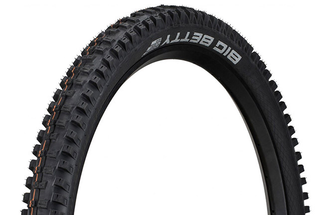 SCHWALBE BIG BETTY 29 X 2.4 SUPER GRAVITY ADDIX SOFT