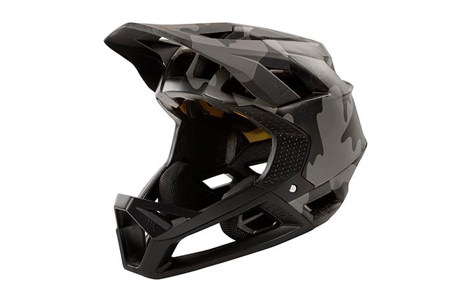CASCO FOX PROFRAME BLACK CAMO 2019