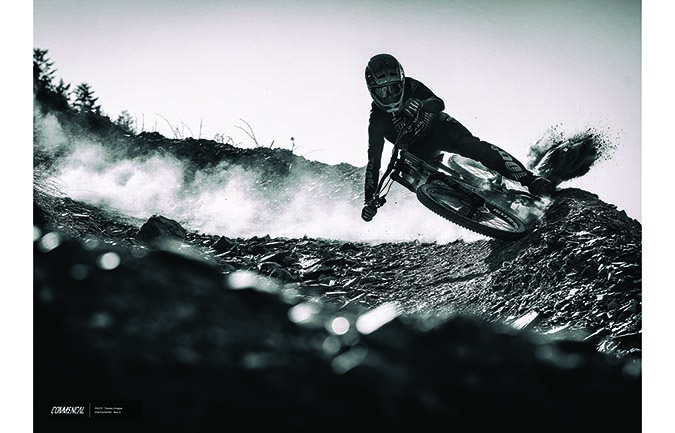 FOTO ALTA CALIDAD : THOMAS ESTAQUE - DUSTY VALLNORD