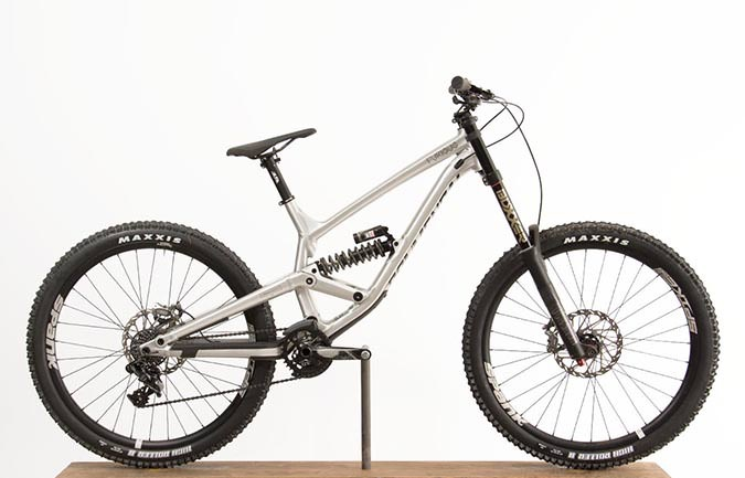 FURIOUS RACE 650B BRUSHED ALC 2018 (L)